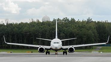 Samolot (zdj. ilustracyjne)