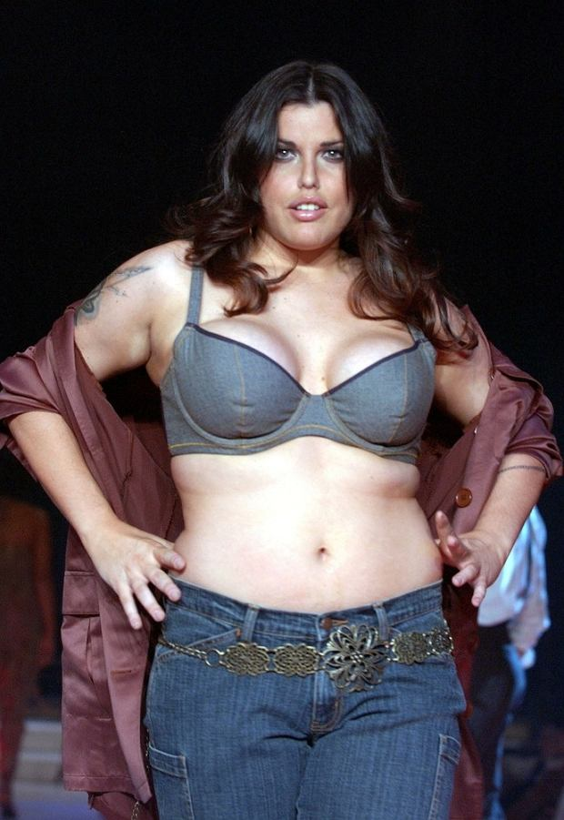 PHOTO: EAST NEWS/SPLASH MIA TYLER at Lane Bryant's Spring 2003 Intimate Apparel Fashion Show