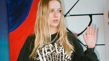 Afera Veclaim. Klienci marki Jessiki Mercedes chcą zwracać zakupione koszulki. Jak wygląda kontakt z firmą?