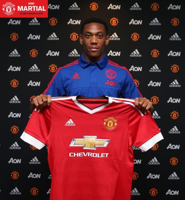 Anthony Martial oficjalnie w Manchester United