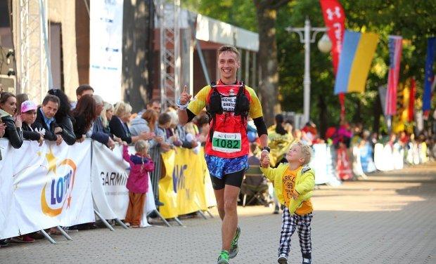 Marzeniem Damiana Orzechowskiego jest przebiegnięcie maratonu ze swoim synem