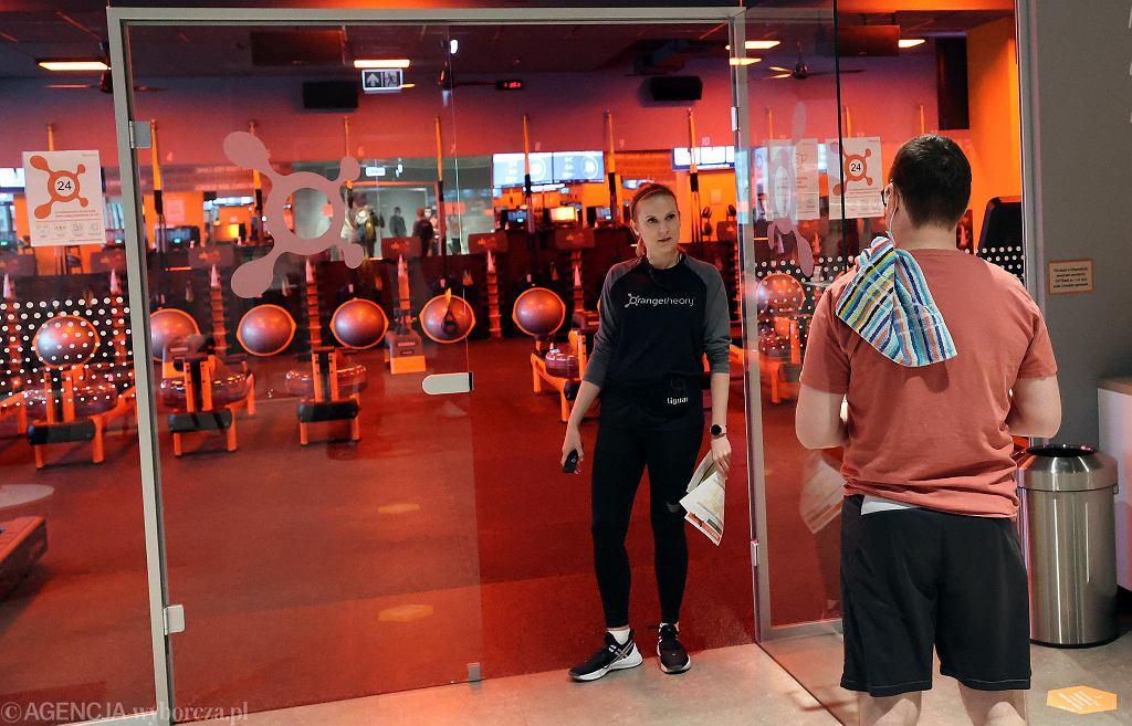 W siłowniach w Warszawie trwają już przygotowania do otwarcia w piątek