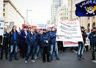 """""""Solidarność"""" Poczty Polskiej w służbie politycznych interesów PiS: uciszać protestujących, bić brawa dla (za)rządu"""