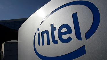 Earns Intel