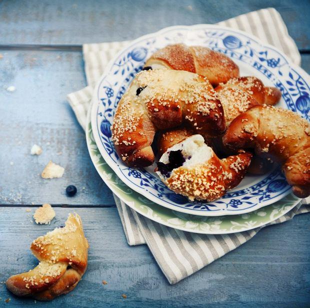 Porzeczki, maliny, jagody - 12 pomysłów na owocowe śniadanie