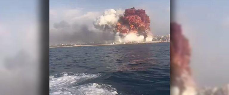 Liban. Potężna eksplozja w Bejrucie. Nad miastem unosił się słup dymu