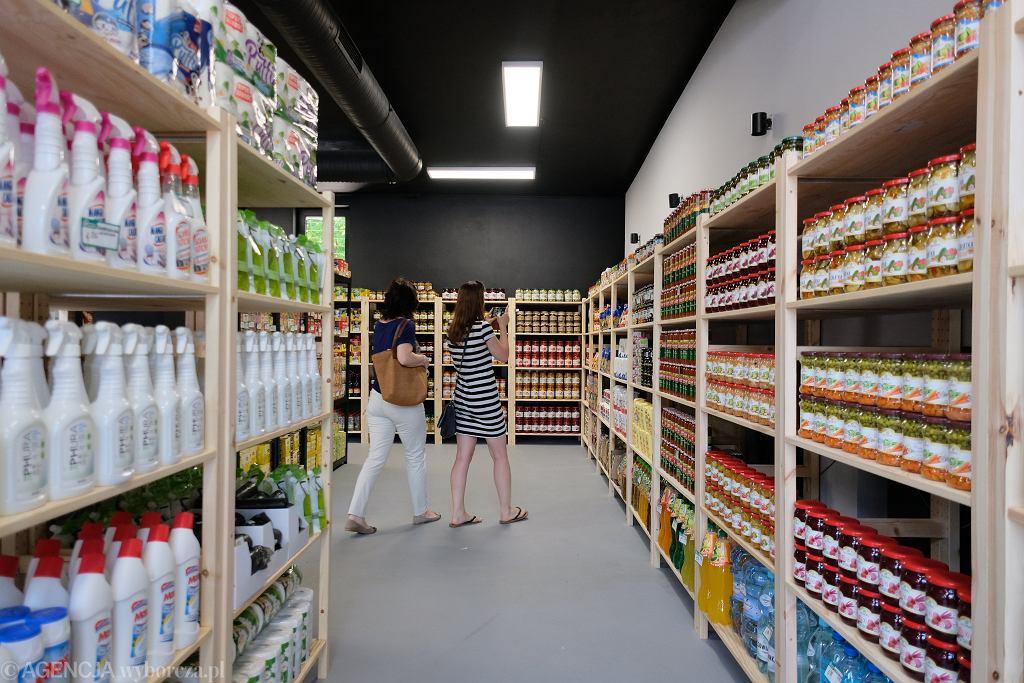 W Warszawie otwarto drugi w Polsce sklep socjalny
