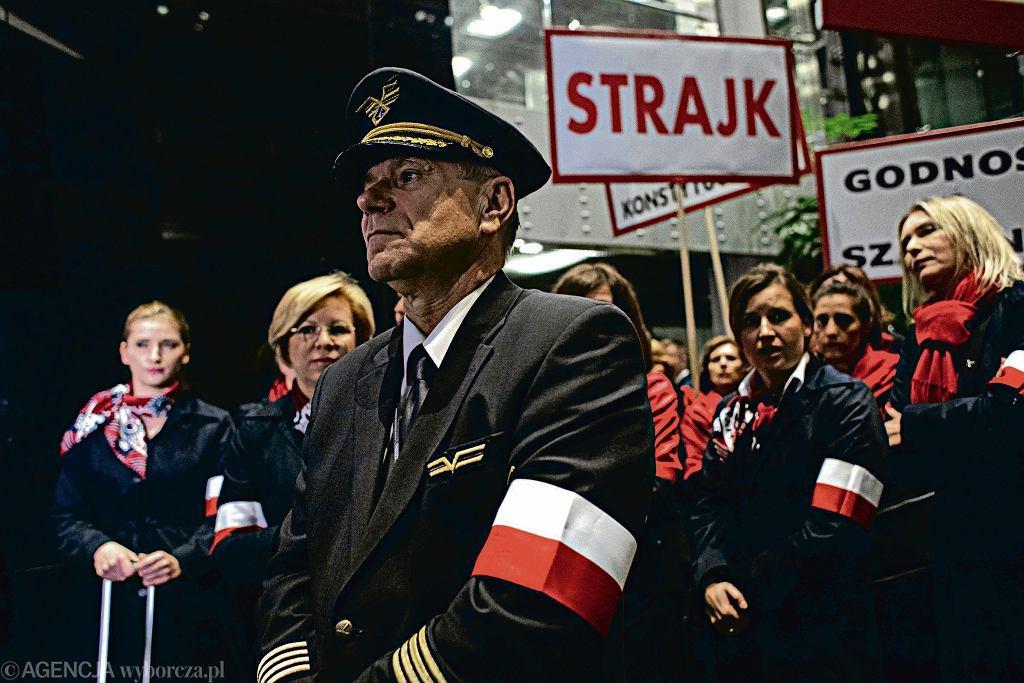 Strajk w PLL LOT zawieszony