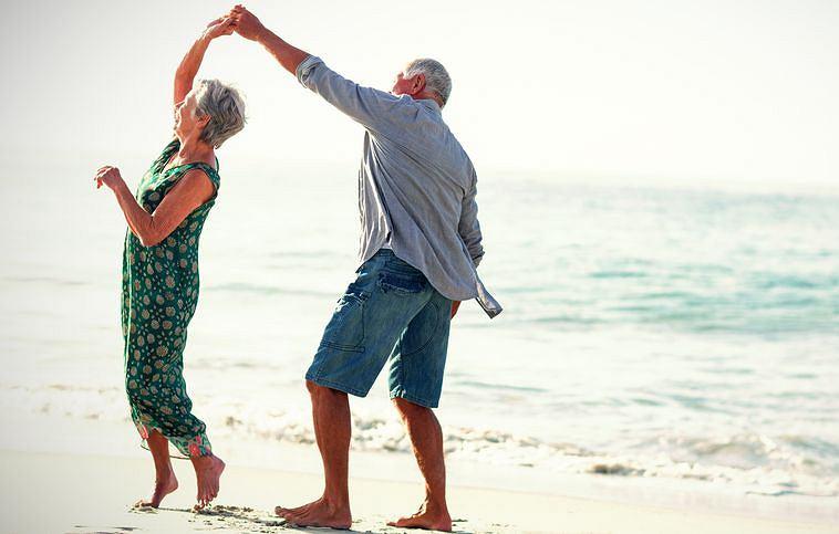 Chcesz uniknąć demencji na starość? Ożeń się i pozostań w tym stanie do końca