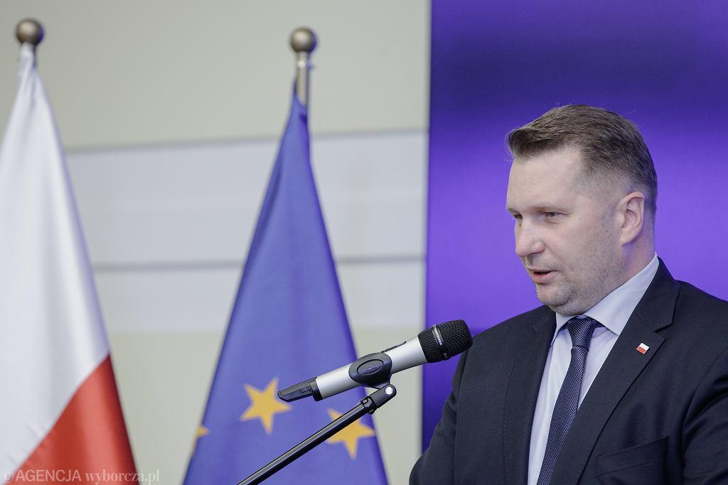 Przemysław Czarnek chciał kar dla dyrektorów szkół. Pomysł może nie uzyskać poparcia w Sejmie