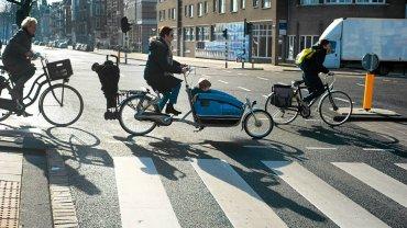 W tym roku w Amsterdamie przybędzie 40 tys. dodatkowych miejsc parkingowych dla rowerów