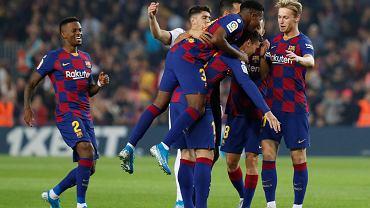 Blisko niespodzianki! Barcelona ratuje się w 90. min. Specjalna nagroda dla Messiego