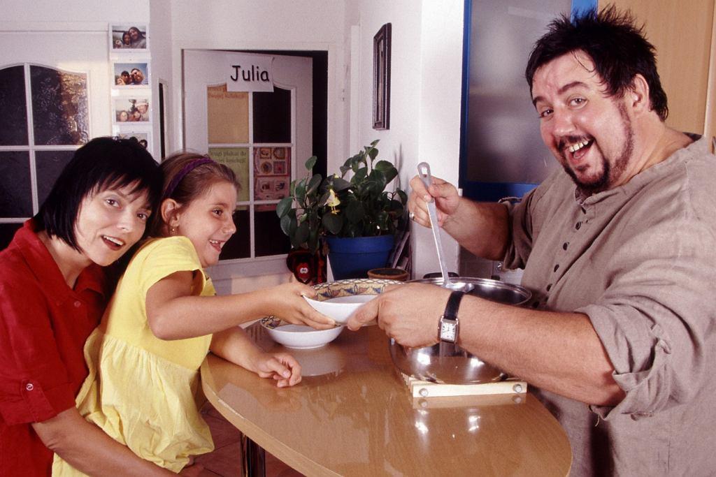 Dariusz Gnatowski z żoną i córką