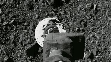 NASA ma problem z OSIRIS-REx. Sonda gubi próbki pobrane z asteroidy Bennu