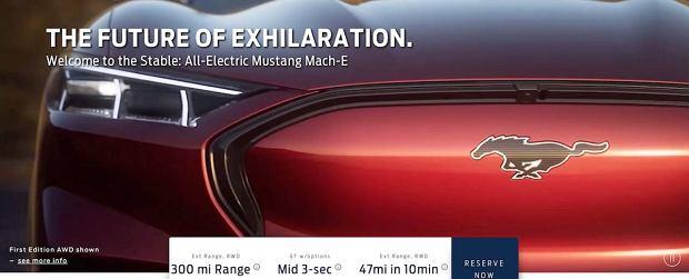 Ford Mustang Mach-E (wyciek zdjęć ze strony modelu)