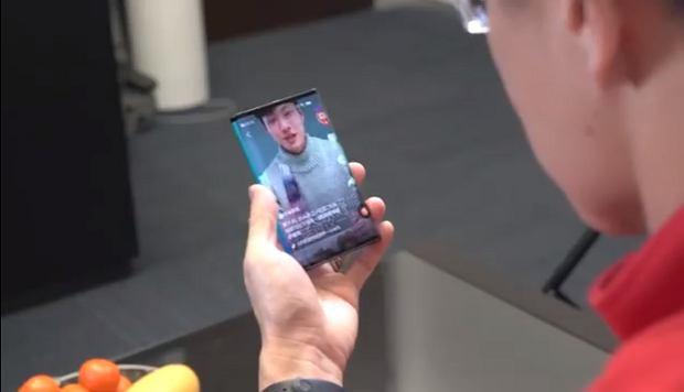 Prototyp składanego smartfona Xiaomi