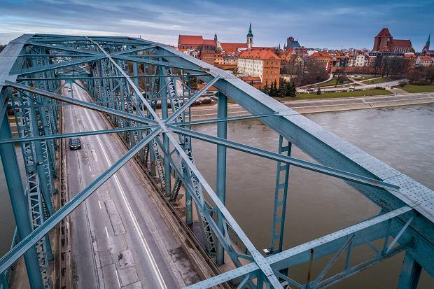 Zdjęcie numer 0 w galerii - Most im. Piłsudskiego: staruszek przed remontem [ZDJĘCIA Z DRONA]