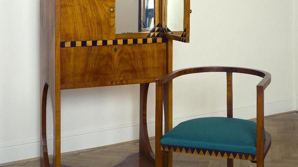 Meble do sypialni, które zaprojektował Karol Tichy.