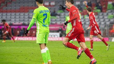 Bayern Monachium wygrywa ciężki mecz.  Dwie bramki Roberta Lewandowskiego!