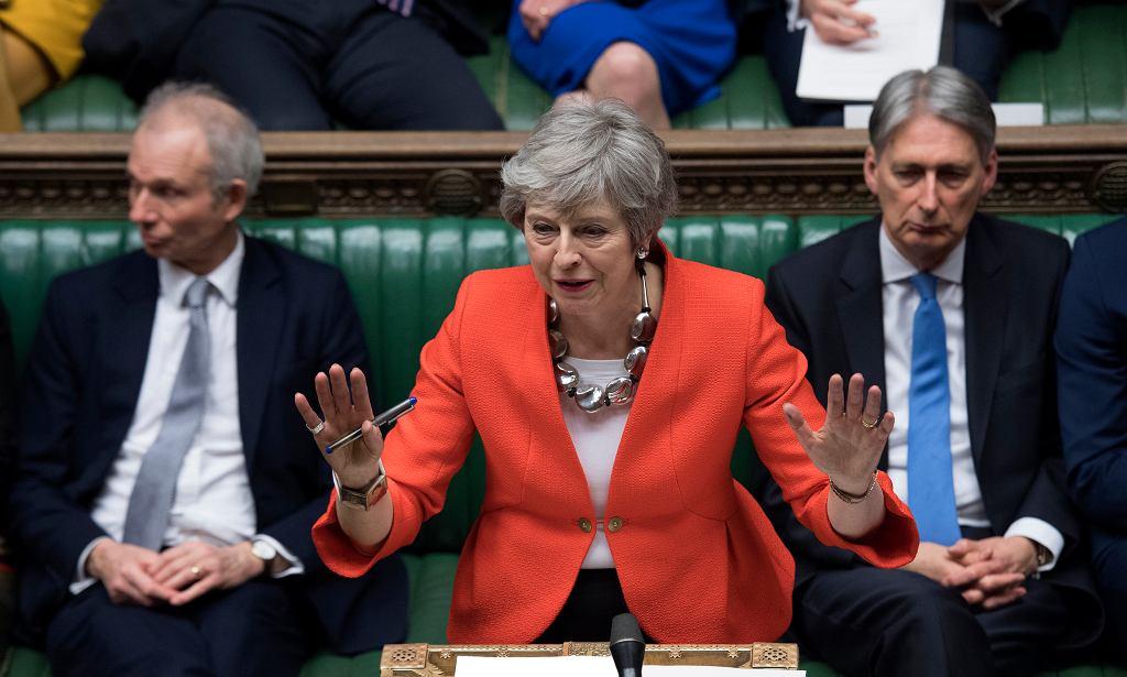 Premier Theresa May podczas wystąpienia w parlamencie, 12 marca 2019 r.