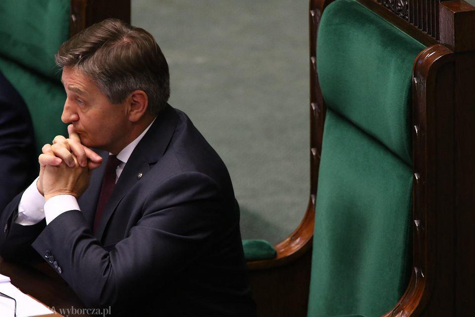 Marszałek Sejmu Marek Kuchciński. Dzisiaj Sejm podczas wieczornego bloku głosowań. Warszawa, Sejm, 8 sierpnia 2017