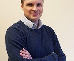 Wydział Informatyki Politechniki Białostockiej ma za sobą pierwsze postępowanie habilitacyjne. W środę, 25 października, Rada Wydziału Informatyki nadała dr. Piotrowi Hońko stopień doktora habilitowanego w dziedzinie nauk technicznych w dyscyplinie informatyka