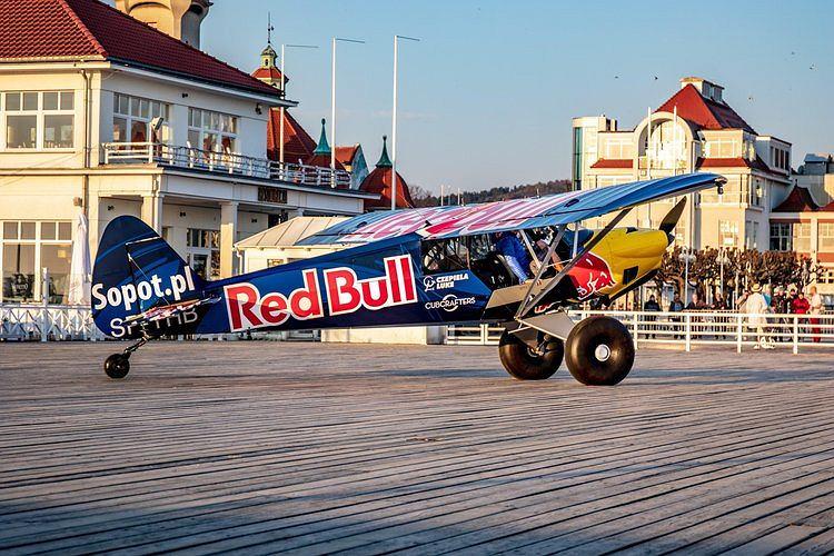 Samolot wylądował na molo w Sopocie