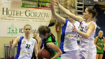 Koszykarskie półfinały U-22: AZS PWSZ Gorzów - JAS FBG Sosnowiec 81:39
