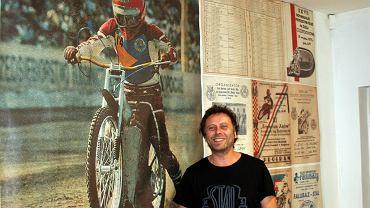 Kostrzyński artysta Mariusz Kaczmarek zbiera też pamiątki żużlowe i kibicuje Stali Gorzów