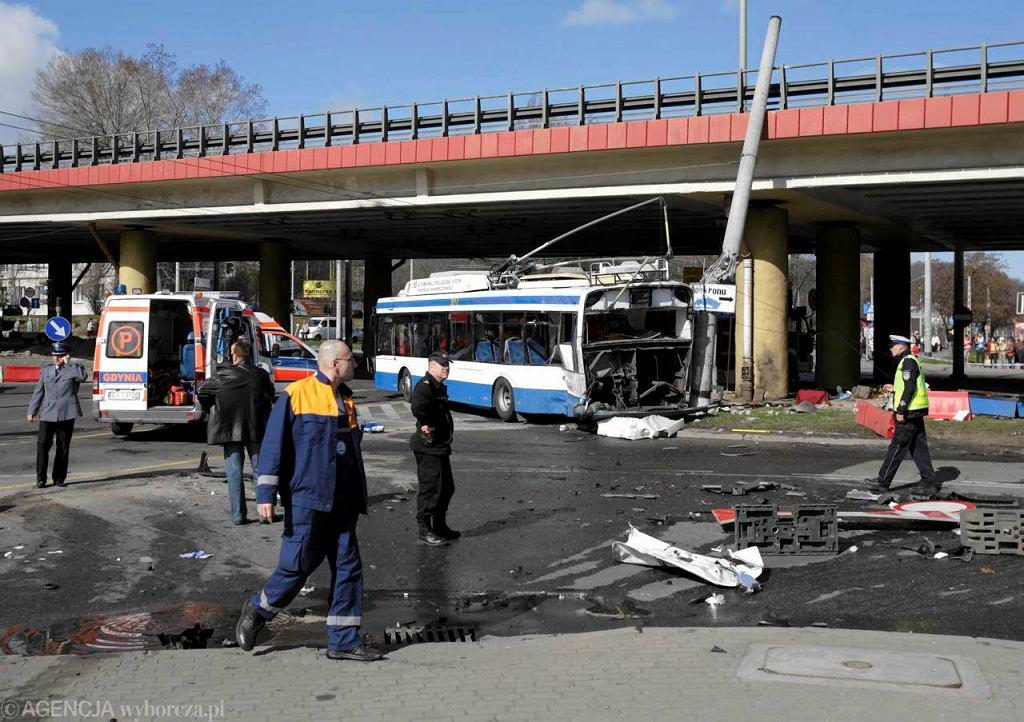 Wypadek ciężarówki i trolejbusu. Wzmożone kontrole na drogach to reakcja wojewody na tragiczny wypadek w Gdyni