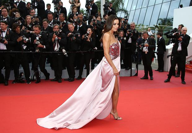 Actress Eva Longoria poses for photographers upon arrival at the opening ceremony and the premiere of the film