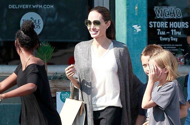 Angelina Jolie z dziećmi