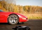 Corvette C5 kontra TRAXXAS XO-1 | Który pojazd okaże się szybszy?