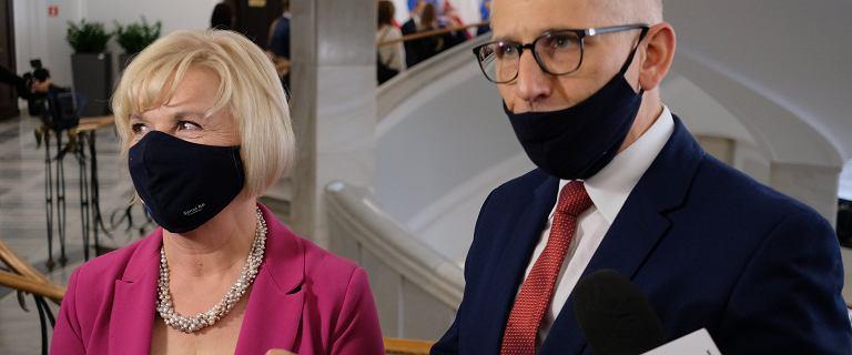 W Senacie wszystkie oczy na dwóch kolegów Lidii Staroń. Może dojść do remisu