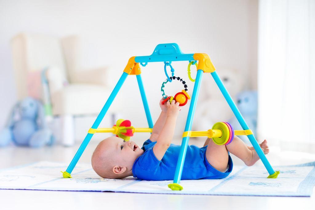 Gadżety, które wspomagają rozwój dziecka, a jednocześnie zapewniają rodzicom chwilę wytchnienia