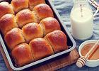 Ciasto brioche - pyszne do kawy, genialne do burgerów. Podpowiadamy, jak je zrobić