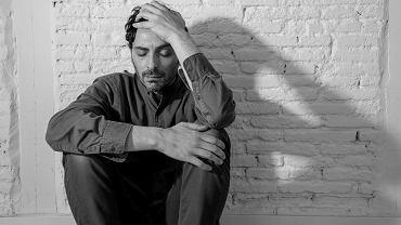 Mężczyźni często mają problem z okazywaniem emocji