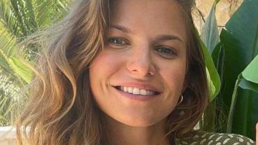 Anna Lewandowska pokazała się w stroju kąpielowym z sieciówki. Nie kosztuje fortuny