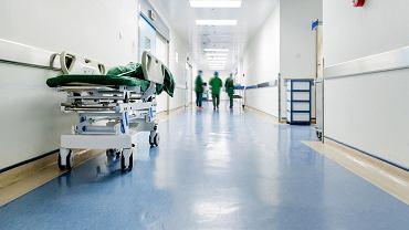 Oddział wewnętrzny w raciborskim szpitalu przyjmuje tylko pacjentów w stanie zagrożenia życia - zdjęcie ilustracyjne