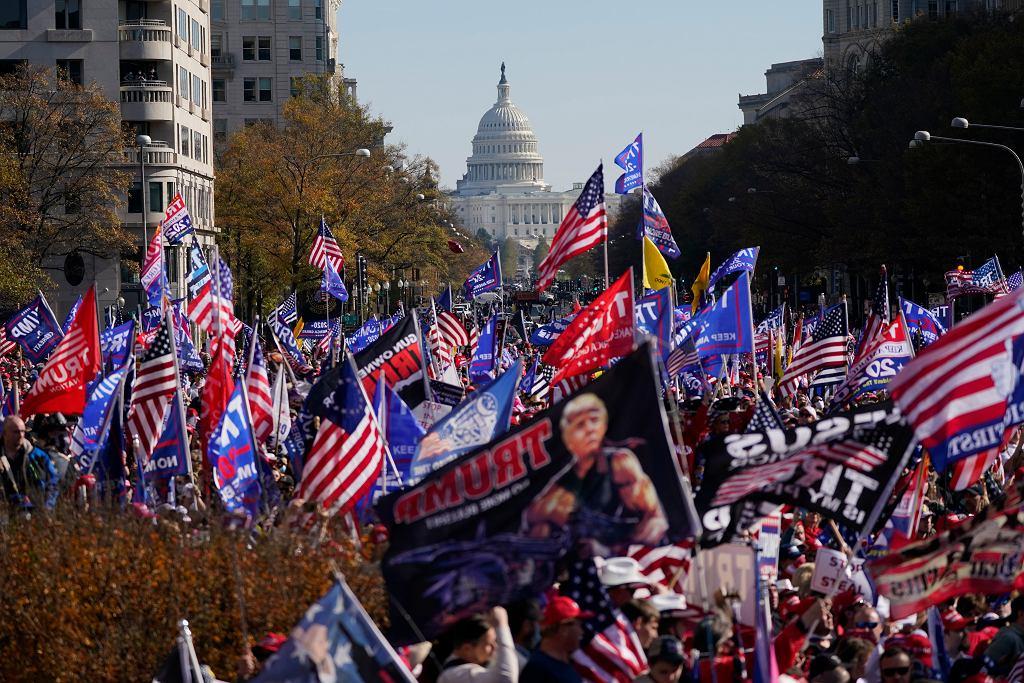 Marsz zwolenników Donalda Trumpa w Waszyngtonie