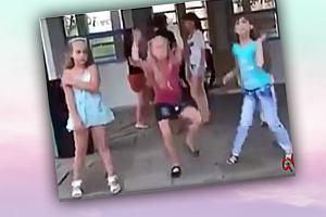 W tanecznych ruchach tych dziewczynek, każdy dorosły odnajduje swój styl tańca [WIDEO]
