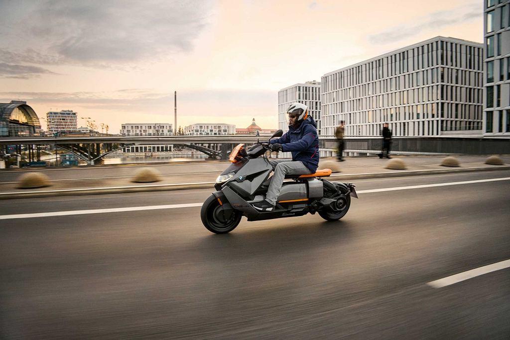 BMW CE 04, elektryczny skuter