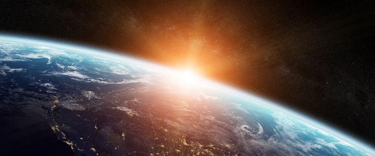 Chiny chcą zbudować elektrownię w kosmosie jako pierwsze w historii