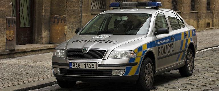 Polacy przekroczyli prędkość, czeski policjant wprost: pieniądze macie?