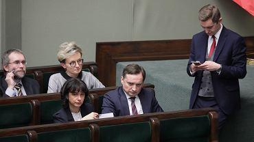 Drugie czytanie 'ustawy kagańcowej' w Sejmie