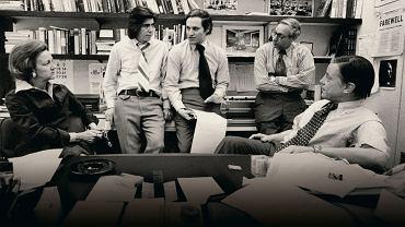 30.04.1973, redakcja 'Washington Post', od lewej: Katharine Graham, wydawczyni, Carl Bernstein, Bob Woodward, reporterzy, Howard Simons, redaktor prowadzący, Benjamin C. Bradlee, redaktor naczelny