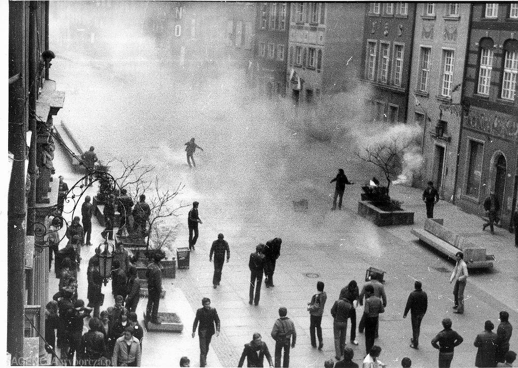 Gdańsk w roku 1982, stan wojenny