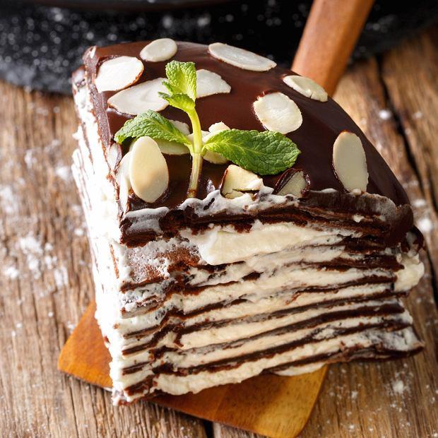 Tort naleśnikowy na tłusty czwartek