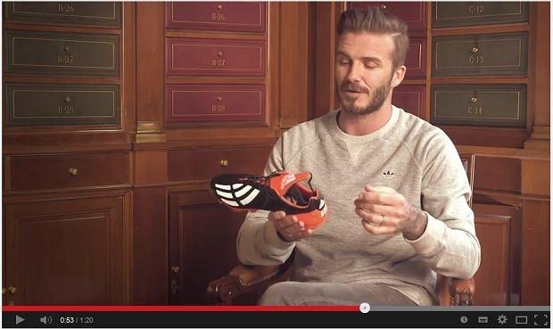 David Beckham prezentuje buty, fot. www. youtube.com