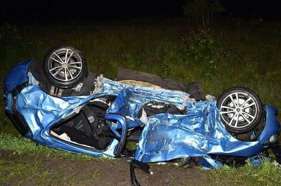 Tragiczny wypadek w Jabłonce. Nie żyją 16- i 20-latek